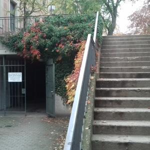 Toilette im Schlossgarten Erlangen