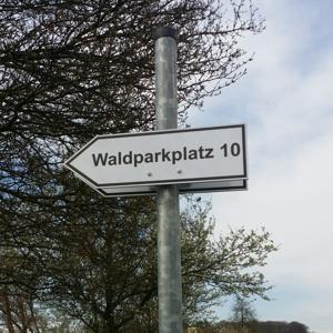 Parkplatz am Kreisverkehr bei Eisingen + Ispringen