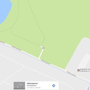 Unisee-Parkplatz / Haus am Walde